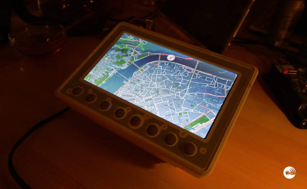 The map on the screen. Electornic Tour Guide for touristic mini-vehicles equipped with a screen and multi-casting Bluetooth